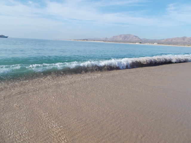 typical surf at Los Frailes