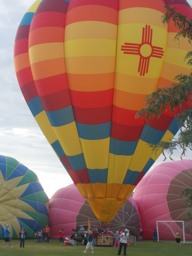 New Mexico balloon with the 2 tits in the background