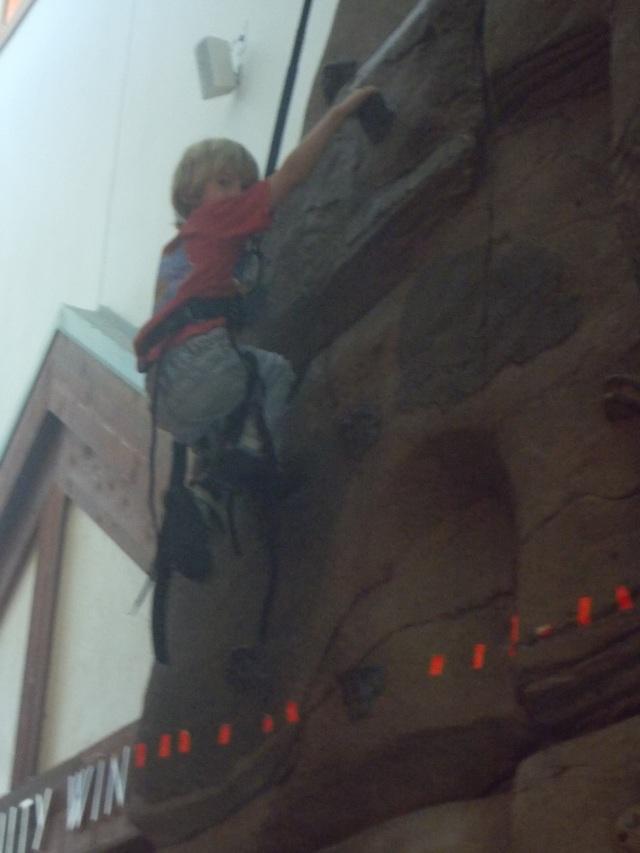 Laars makes it above the orange line, his big challenge