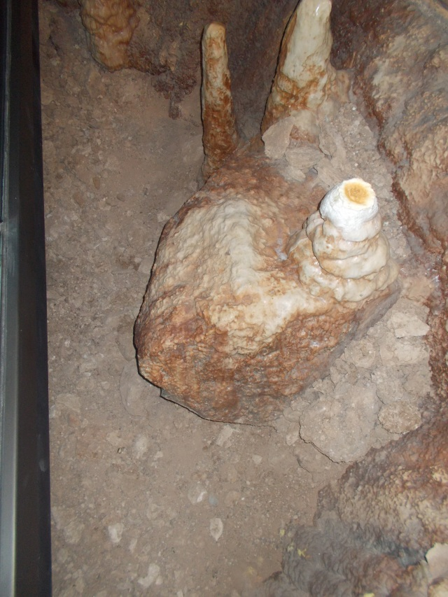 """This is referred to as a """"Fried Egg"""".  We were able to watch one receive drops from the stalactites above, splattering water from the 1"""" deep water in the center of the egg."""