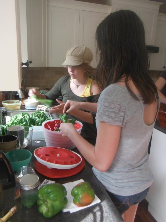 Maret & Annalee helping prep supper