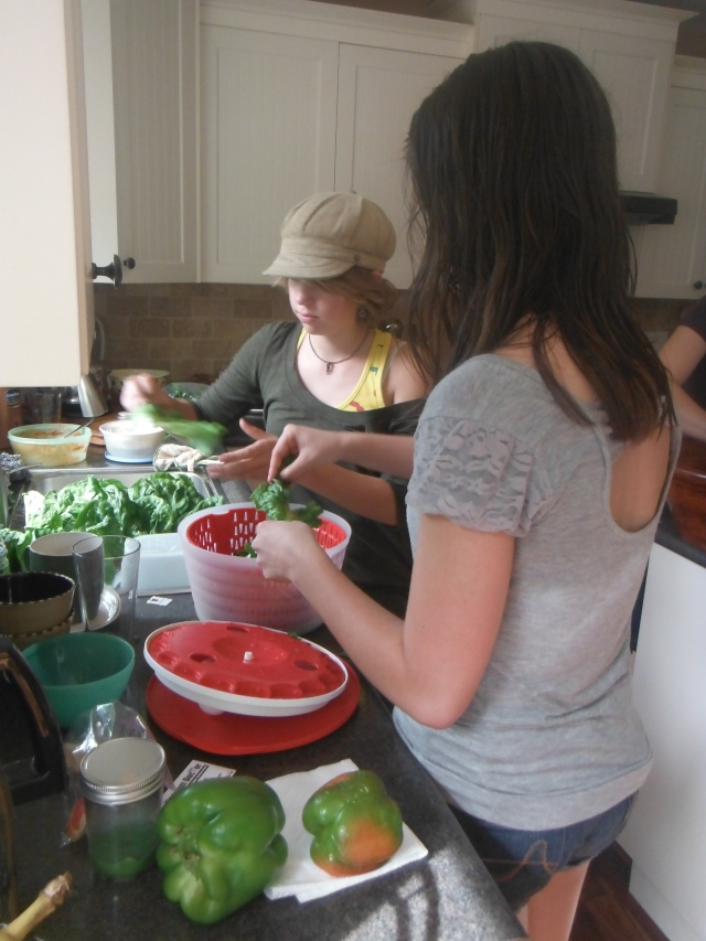 Maret & Annalee helping prep supper