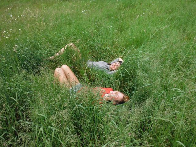 Maret and Annalee in the grass